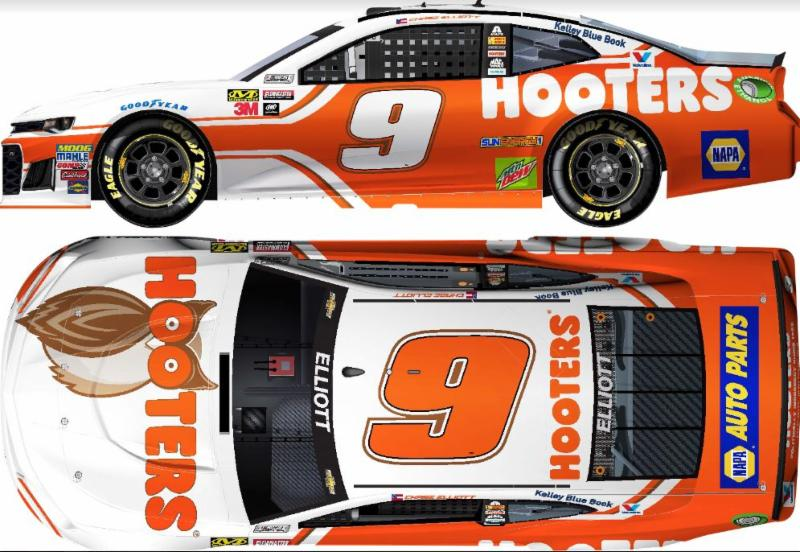 2018 Chase Elliott #9 Hooters HO 1:24 Diecast Car